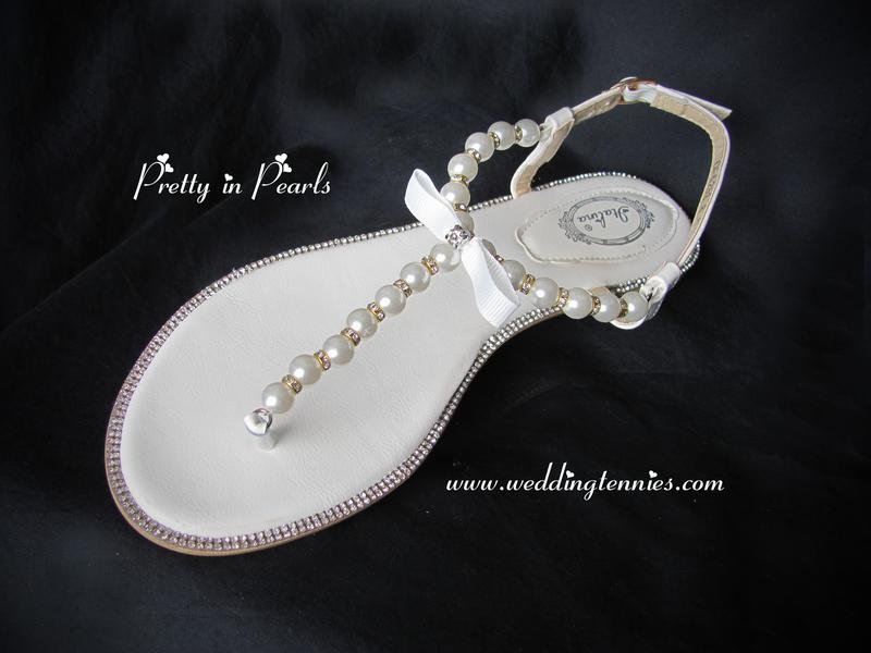02b413637 Bridal Flip Flops -- Comfortable Wedding Shoes