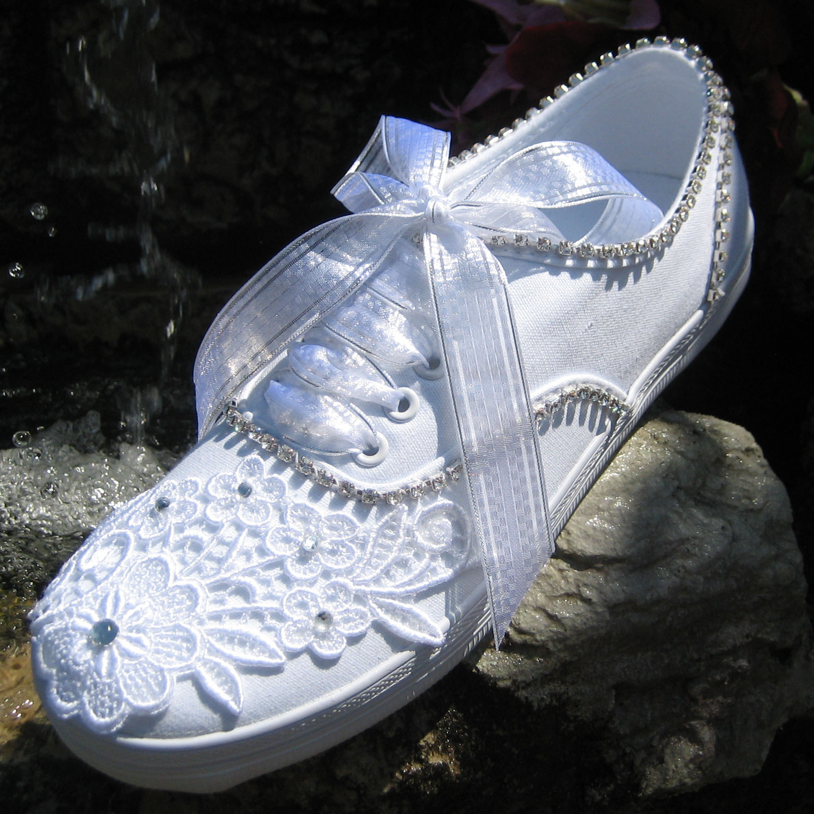 7f1dc4325b81 Wedding Tennies and Formal Shoes -- Comfortable Tennis Shoes